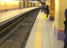 Νεκρός ανασύρθηκε άνδρας από τις γραμμές του ΗΣΑΠ στον Άγιο Νικόλαο - Κεντρική Εικόνα