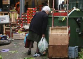 Handelsblatt: Στην παγίδα της διά βίου φτώχειας οι περισσότεροι Έλληνες - Κεντρική Εικόνα