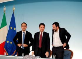 Ιταλία: Διάταγμα που περιορίζει την είσοδο πλοίων στα χωρικά ύδατα της - Κεντρική Εικόνα
