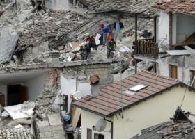 Ισχυρός σεισμός 6,5 βαθμών στην κεντρική Ιταλία - Τουλάχιστον 20 τραυματίες - Κεντρική Εικόνα