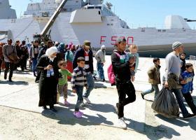 Το ιταλικό λιμενικό διέσωσε 1.230 μετανάστες την Κυριακή - Κεντρική Εικόνα