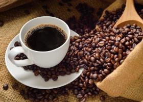 Κορωνοϊός: Γιατί οι τιμές του καφέ παραμένουν υψηλές - Κεντρική Εικόνα