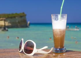 Αυτές είναι οι καλύτερες στάσεις για καφέ και σνακ στο δρόμο για τη βουτιά! - Κεντρική Εικόνα