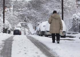 Κλειστά σχολεία και προβλήματα σε δήμους της βόρ. Ελλάδας εξαιτίας της χιονόπτωσης - Κεντρική Εικόνα