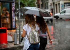 Καιρός: Πρόσκαιρη επιδείνωση με τοπικές βροχές και καταιγίδες (Χάρτης) - Κεντρική Εικόνα
