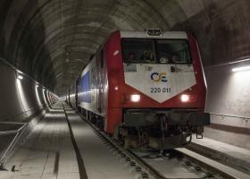 Σπίρτζης: Έτοιμη η νέα ηλεκτροδοτούμενη διπλή σιδηροδρομική γραμμή Αθήνας - Θεσσαλονίκης - Κεντρική Εικόνα