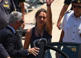 Η Καρόλα Ρακέτε ζήτησε από την Ευρώπη να δεχθεί όλους τους μετανάστες που είναι εγκλωβισμένοι στη Λιβύη - Κεντρική Εικόνα