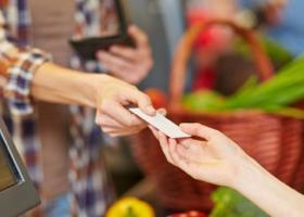 Αναδρομικά η κατάργηση της υποχρέωσης πληρωμής με κάρτες - Κεντρική Εικόνα