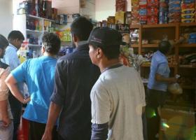 Σκηνές πανικού για λίγο ρύζι και γάλα στα σούπερ μάρκετ της πλουσιότερης χώρας του κόσμου! (videos) - Κεντρική Εικόνα