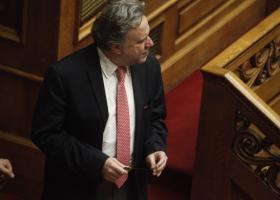 Κατρούγκαλος: Με τροπολογία η μη επιστροφή του ΕΚΑΣ - Κεντρική Εικόνα