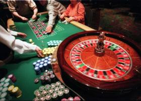 Κατεβάζουν ρολά σήμερα δύο καζίνο επειδή αγνόησαν τη ρύθμιση χρεών στον ΕΦΚΑ  - Κεντρική Εικόνα