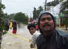 Ινδία: Τουλάχιστον 445 οι νεκροί από τις πλημμύρες στην Κεράλα - Κεντρική Εικόνα