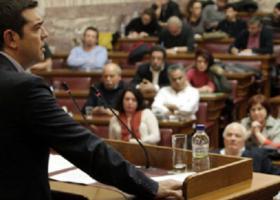 Ποιοι είναι οι δέκα βουλευτές ΣΥΡΙΖΑ που τάσσονται κατά της αναδοχής από ομόφυλα ζευγάρια - Κεντρική Εικόνα