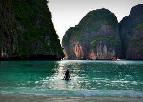 Κλείνει για τους τουρίστες παραλία που έγινε διάσημη από ταινία - Κεντρική Εικόνα
