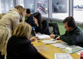 Προσοχή στις βεβαιώσεις αποδοχών: Τα λάθη κρύβουν πρόσθετο φόρο και πρόστιμα - Κεντρική Εικόνα