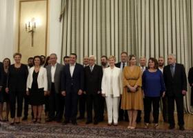 Άλλαξαν «χέρια» τα υπουργεία - Την Παρασκευή το υπουργικό συμβούλιο - Κεντρική Εικόνα