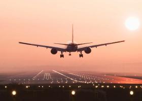 Aεροπορική εταιρία προτρέπει τους επιβάτες της να πάρουν το τρένο - Κεντρική Εικόνα
