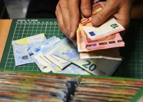 Πότε θα γίνει η επόμενη πληρωμή των 800 ευρώ για τις ειδικές κατηγορίες εργαζομένων - Κεντρική Εικόνα