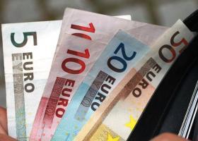 Κατάργηση ειδικής εισφοράς αλληλεγγύης: Τι πρέπει να προσέξουν χιλιάδες φορολογούμενοι - Κεντρική Εικόνα