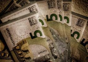 Νέος φορολογικός νόμος: Πού ωφελούνται μισθωτοί και συνταξιούχοι - Κεντρική Εικόνα