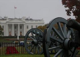 Άνδρας αυτοπυρπολήθηκε κοντά στον Λευκό Οίκο - Κεντρική Εικόνα