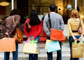 Ήπια αύξηση σε λιανικές πωλήσεις και ιδιωτική κατανάλωση προβλέπει η Alpha Bank  - Κεντρική Εικόνα