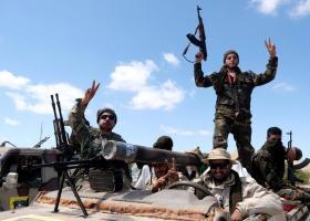 Λιβύη: Αυξάνεται ο αριθμός των νεκρών, καθώς οι ισλαμιστές μαχητές εκμεταλλεύονται το χάος - Κεντρική Εικόνα