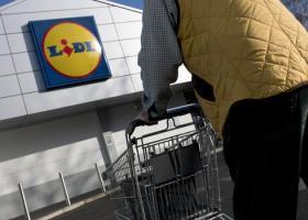Lidl Ελλάς: Μειώνει τις τιμές στο ράφι λόγω αλλαγής ΦΠΑ - Κεντρική Εικόνα