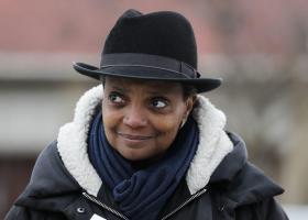 Ιστορική εκλογή χωρίς προηγούμενο για τη νέα αφροαμερικανή ομοφυλόφιλη δήμαρχο του Σικάγο (photos) - Κεντρική Εικόνα