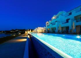Στα χέρια της TUI γνωστό 4αστερο και άλλα 15 ξενοδοχεία της Thomas Cook στην Ελλάδα - Κεντρική Εικόνα