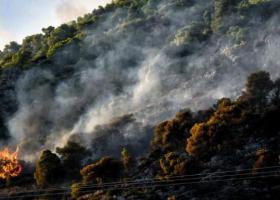 Σε εξέλιξη η μεγάλη πυρκαγιά στο Λουτράκι - Πολύ υψηλός κίνδυνος φωτιάς σε 6 περιφέρειες σήμερα - Κεντρική Εικόνα
