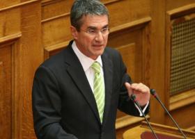 Λοβέρδος: Υπερίσχυσαν τα εσωτερικά θέματα του πολιτικού συστήματος, έναντι του πολίτη - Κεντρική Εικόνα