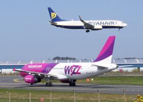 Στα πρόθυρα κατάρρευσης γνωστή low cost αεροπορική εταιρεία - Κεντρική Εικόνα