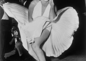 Στο σφυρί το θρυλικό λευκό φόρεμα της Μέριλιν - Κεντρική Εικόνα