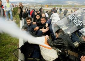Εντολή Τσίπρα για απαγόρευση χημικών σε διαδηλώσεις εργαζομένων και συνταξιούχων - Κεντρική Εικόνα