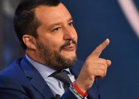 Σαλβίνι κατά Μακρόν: «Πολύ κακός πρόεδρος, ελπίζω να τον καταψηφίσουν στις ευρωεκλογές»   - Κεντρική Εικόνα