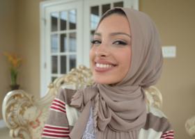 Η πρώτη γυναίκα με χιτζάμπ στο Playboy! (Βίντεο) - Κεντρική Εικόνα
