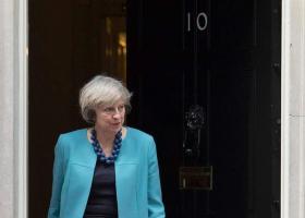 Βρετανία: Την παραίτηση της Μέι επιθυμούν 8 στα 10 μέλη των Τόρις - Κεντρική Εικόνα