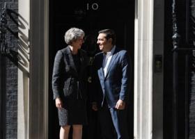 Συγχαρητήρια Μέι στον πρωθυπουργό για την πρόοδο της ελληνικής οικονομίας - Κεντρική Εικόνα