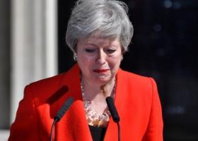 Βρετανία: Mε «σπασμένη» φωνή η Μέι ανακοίνωσε ότι παραιτείται στις 7 Ιουνίου - Τα σενάρια της επόμενης μέρας (video) - Κεντρική Εικόνα