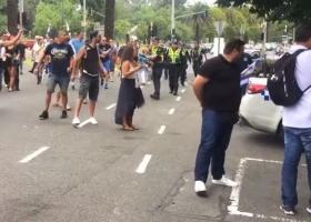 Μελβούρνη: Συμπλοκές Ελλήνων ομογενών με Σκοπιανούς για τη Μακεδονία (video) - Κεντρική Εικόνα