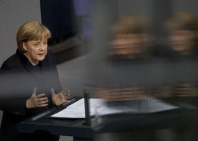 Μέρκελ: Σωστές αποδείχθηκαν οι μεταρρυθμίσεις στην Ελλάδα - Κεντρική Εικόνα