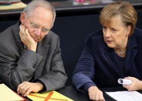 Σόιμπλε: Διαφώνησα με την Μέρκελ για την Ελλάδα  - Κεντρική Εικόνα