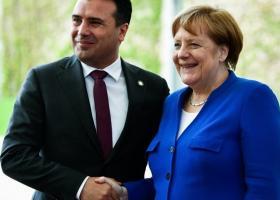 Μέρκελ-Ζάεφ: Η Συμφωνία των Πρεσπών αποτελεί θετικό παράδειγμα για την περιοχή των Βαλκανίων - Κεντρική Εικόνα