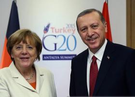 Πρώτο... ραντεβού Μέρκελ-Ερντογάν μετά το αποτυχημένο πραξικόπημα  - Κεντρική Εικόνα