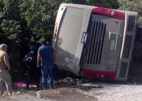 Μεξικό: 11 νεκροί, μεταξύ αυτών 3 παιδιά, σε δυστύχημα με λεωφορείο - Κεντρική Εικόνα