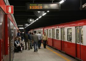 Αναστάτωση στο Μιλάνο από αντικείμενο που βρέθηκε στο μετρό  - Κεντρική Εικόνα