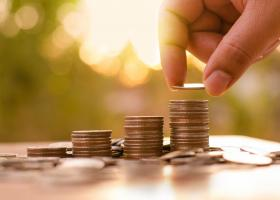 ΕΦΚΑ: Στα 49,76 ευρώ το μέσο ημερομίσθιο και στα 1.161,39 ευρώ ο μέσος μισθός - Κεντρική Εικόνα