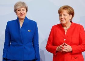 Συνάντηση Μέρκελ-Μέι την Τρίτη στο Βερολίνο - Κεντρική Εικόνα