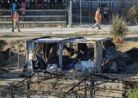 Κατεστάλη η εξέγερση μεταναστών στη Μόρια - Κεντρική Εικόνα